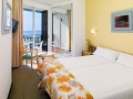 Double standard room with sea views